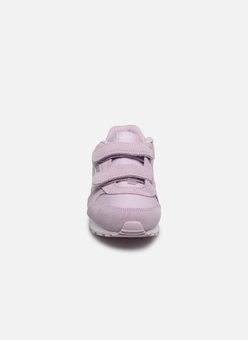 Baskets Nike Nike Md Runner 2 Pe (Psv) Rose vue portées chaussures