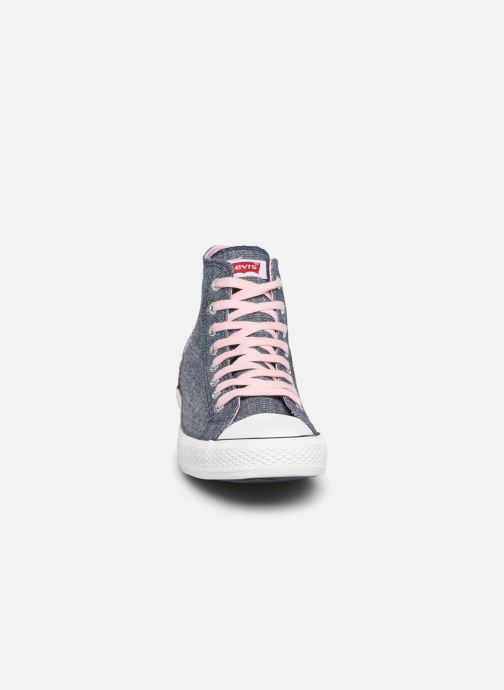 Baskets Levi's Trucker Hi Glitter Rose vue portées chaussures