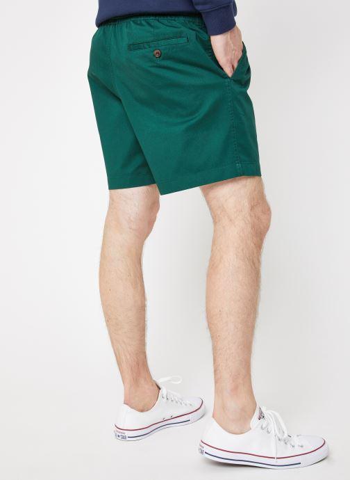 Vêtements Farah F4HM8014 Vert vue portées chaussures