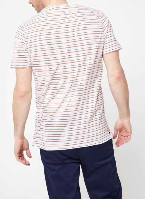 Vêtements Farah F4KS9020 Blanc vue portées chaussures