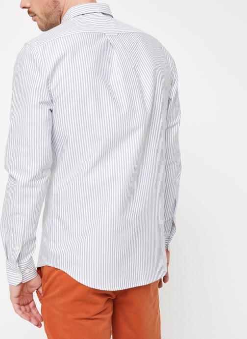 Vêtements Farah F4WF8015 Blanc vue portées chaussures