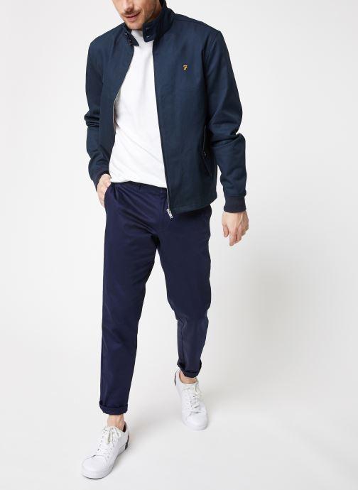 Vêtements Farah F4RS9002 Bleu vue bas / vue portée sac