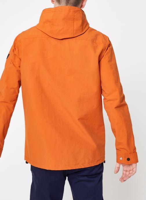 Vêtements Farah F4RS9007 Orange vue portées chaussures