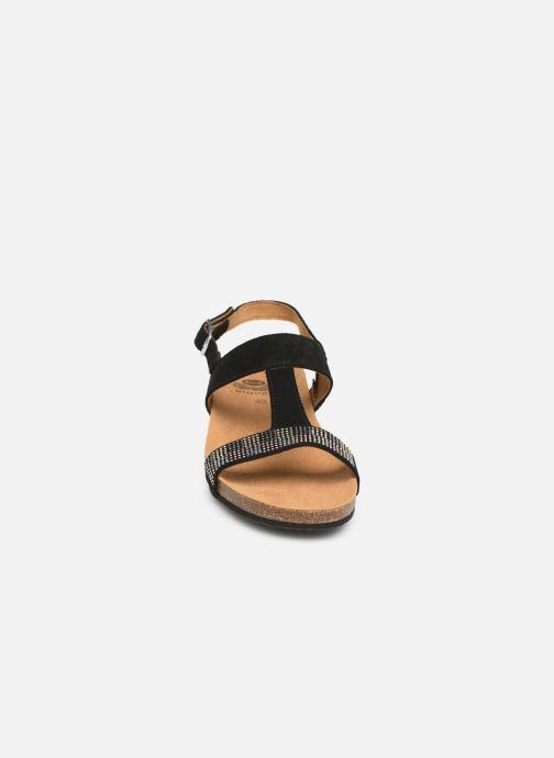 Sandali e scarpe aperte Scholl Madaline C Nero modello indossato