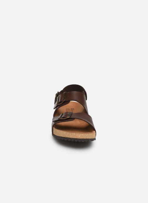 Sandales et nu-pieds El Naturalista Waraji NE51 Marron vue portées chaussures