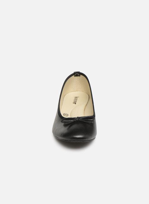 Ballerines Isotoner Escarpin bicolore Noir vue portées chaussures