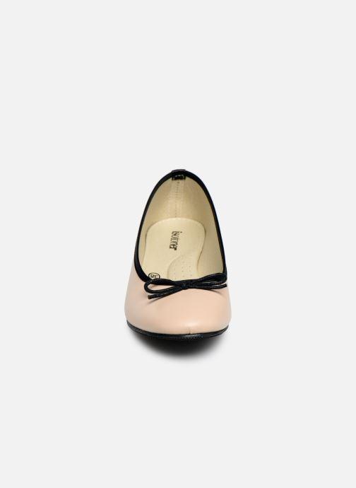 Ballerines Isotoner Escarpin bicolore Beige vue portées chaussures