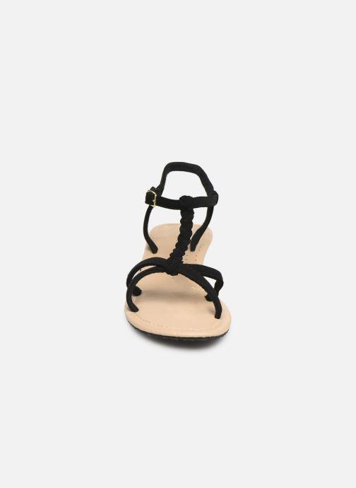 Sandali e scarpe aperte Isotoner Sandale tresse Nero modello indossato