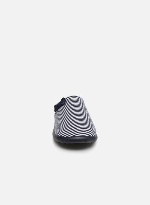 Pantuflas Isotoner Mule jersey semelle ergonomique ZEN flex Azul vista del modelo