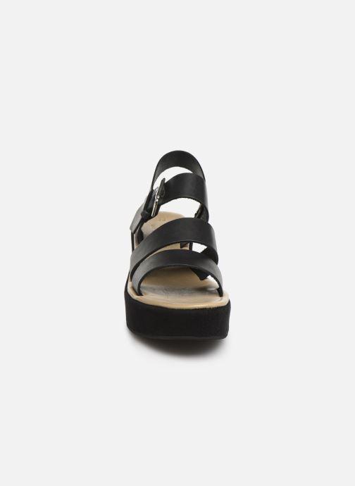 Sandales et nu-pieds Elizabeth Stuart Tobriz 465 Noir vue portées chaussures