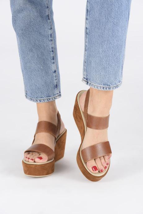 Sandales et nu-pieds Elizabeth Stuart Zacari 465 Marron vue bas / vue portée sac