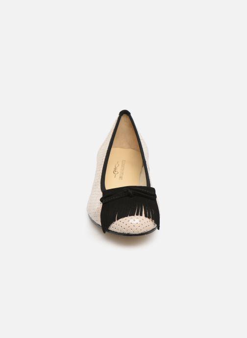 Ballerines Elizabeth Stuart Joss 452 Beige vue portées chaussures