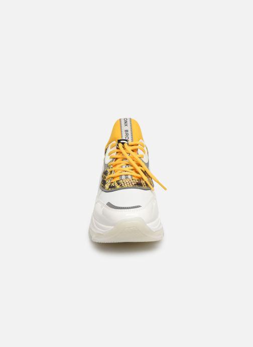 Trainers Bronx BBAISLEYX Yellow model view