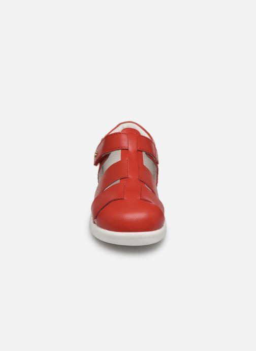 Ballerines Bobux Tidal Rouge vue portées chaussures
