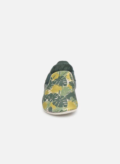 Chaussons Bobux Jungle Vert vue portées chaussures