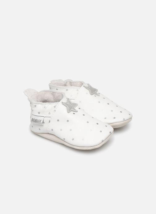 Slippers Bobux Blanc étoiles argentés imprimés White detailed view/ Pair view