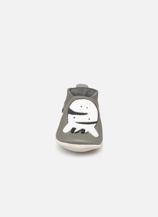Slippers Bobux Zebre gris Grey model view