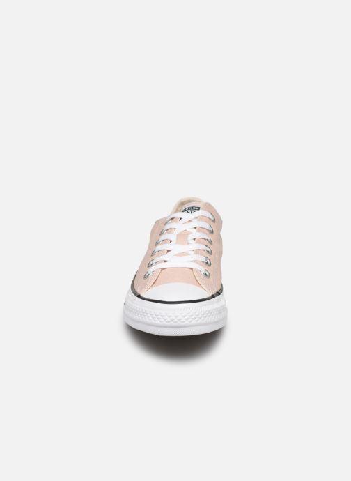 Baskets Converse Chuck Taylor All Star Seasonal Color Ox W Beige vue portées chaussures