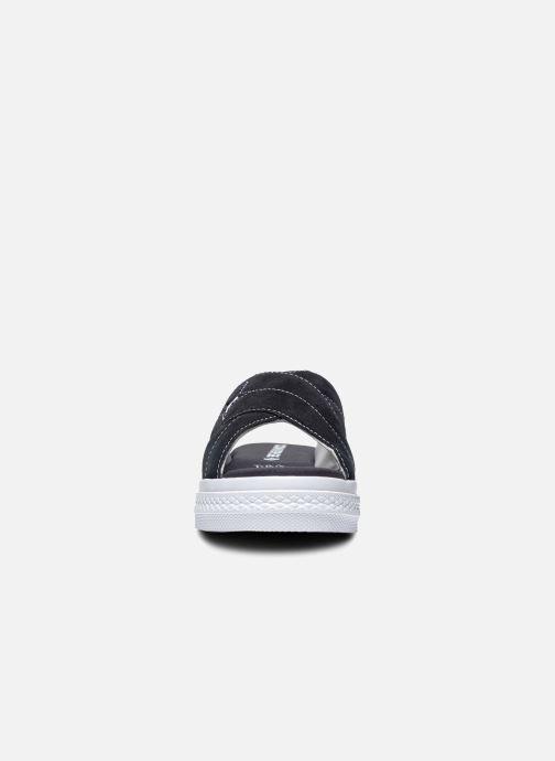 Chanclas Converse One Star Sandal Sandalism Slip Negro vista del modelo