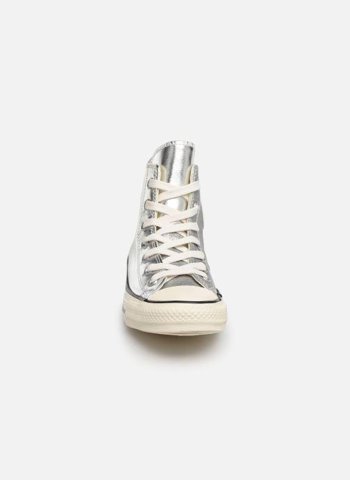 Sneaker Converse Chuck Taylor All Star Shiny Metal Hi silber schuhe getragen