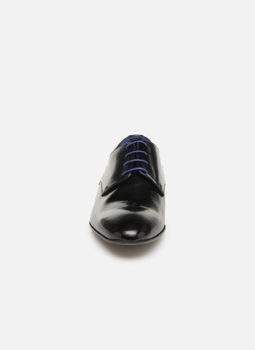 Zapatos con cordones Azzaro Deligo Negro vista del modelo
