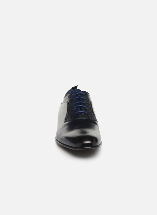 Zapatos con cordones Azzaro Malot Azul vista del modelo