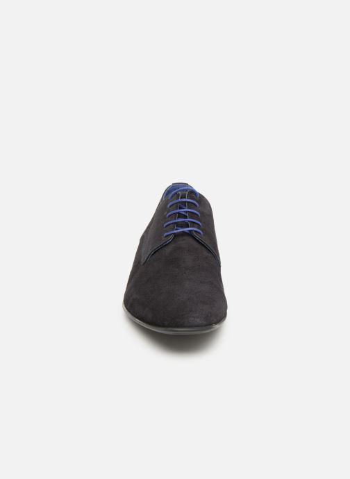 Zapatos con cordones Azzaro Nabalan Azul vista del modelo