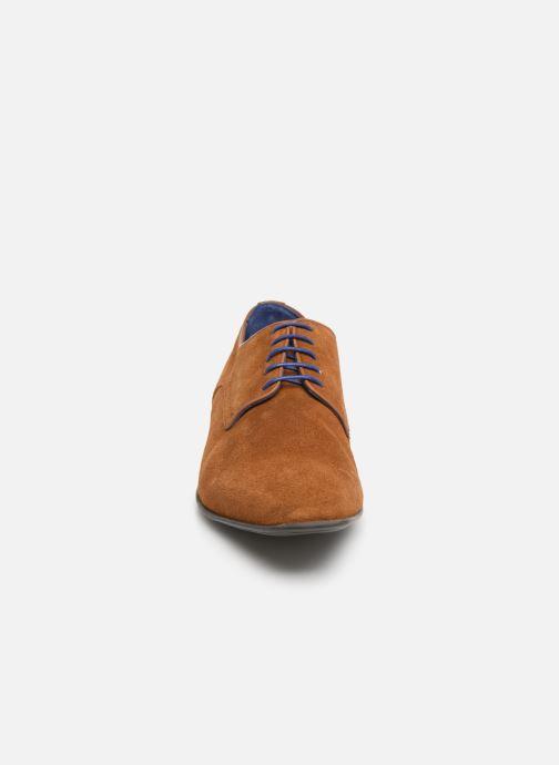 Schnürschuhe Azzaro Nabalan braun schuhe getragen
