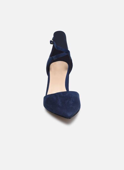 Sandali e scarpe aperte Aldo Brookshear Azzurro modello indossato