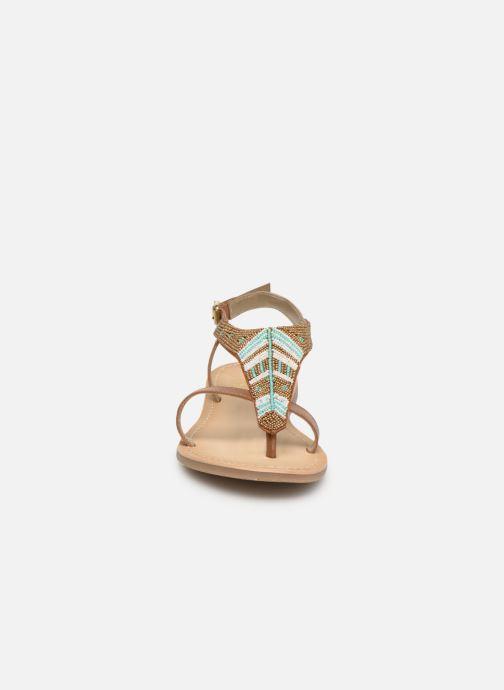 Sandales et nu-pieds Initiale Paris Nikita Marron vue portées chaussures