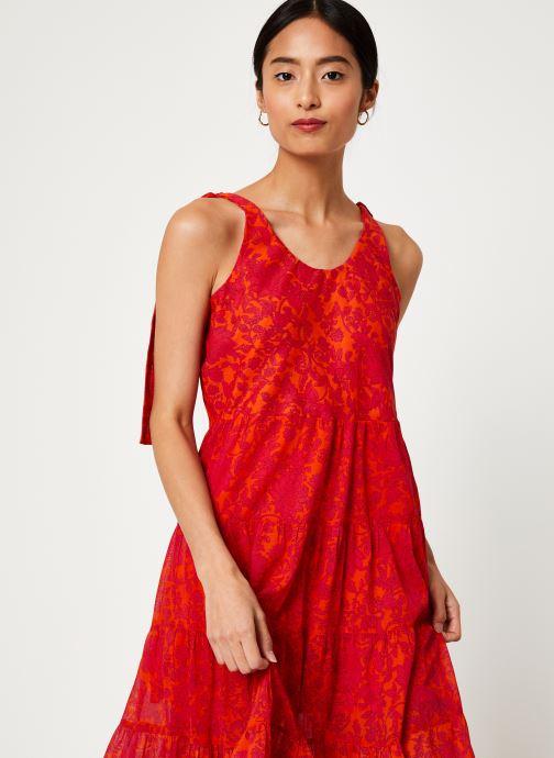 Vêtements Free People KIKA'S PRINTED MIDI Rouge vue détail/paire