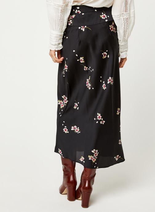 Vêtements Free People NORMANI BIAS PRINTED Noir vue portées chaussures