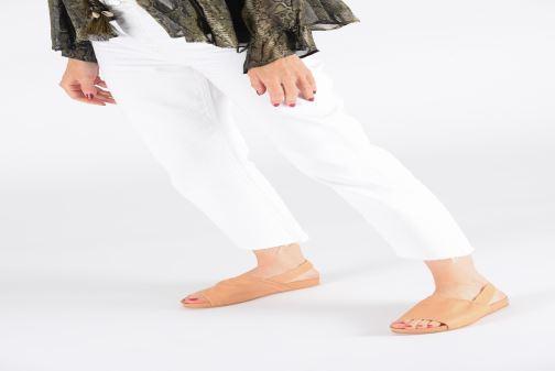 Sandales et nu-pieds Neosens Lairen S954 Beige vue bas / vue portée sac