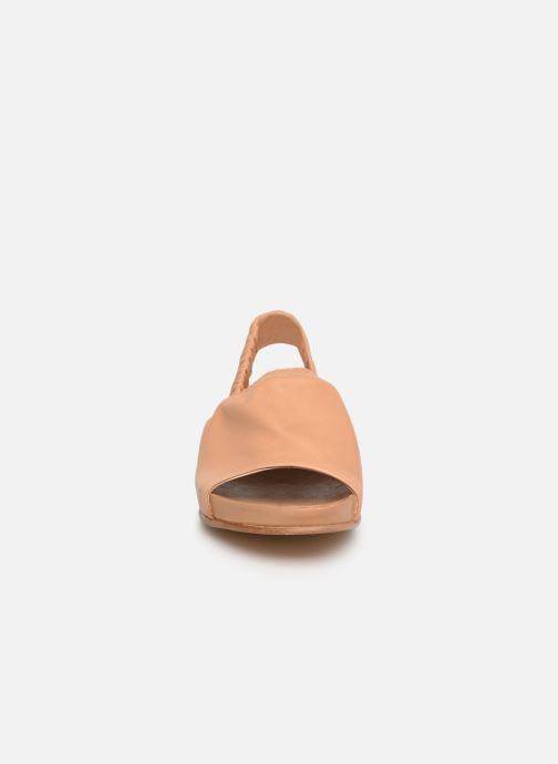 Sandales et nu-pieds Neosens Lairen S954 Beige vue portées chaussures