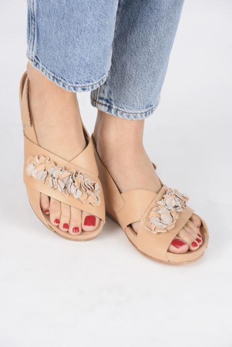 Sandales et nu-pieds Neosens Lairen S956 Marron vue bas / vue portée sac