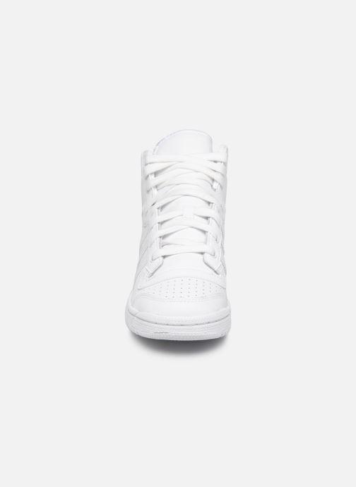 Baskets adidas originals Top Ten Hi J Blanc vue portées chaussures