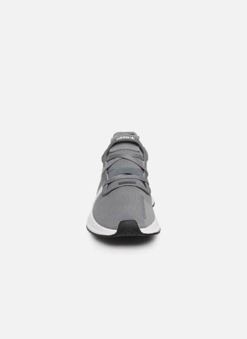 Trainers adidas originals U_Path Run J Grey model view