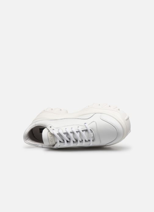 Sport shoes Bronx JAXSTAR White view from the left