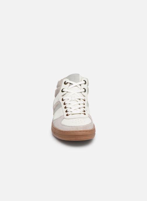 Baskets Kickers Aponzo Blanc vue portées chaussures