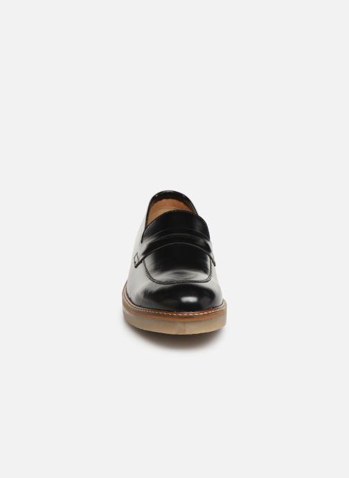Mocassins Kickers Oxmoxy Noir vue portées chaussures