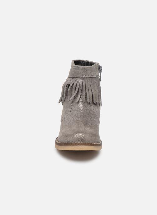 Bottes MTNG 47831 Gris vue portées chaussures