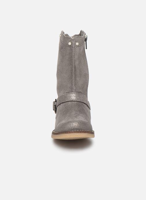 Bottes MTNG 47832M Gris vue portées chaussures