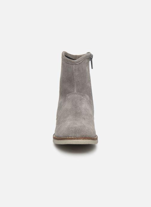 Bottes MTNG 47835 Gris vue portées chaussures