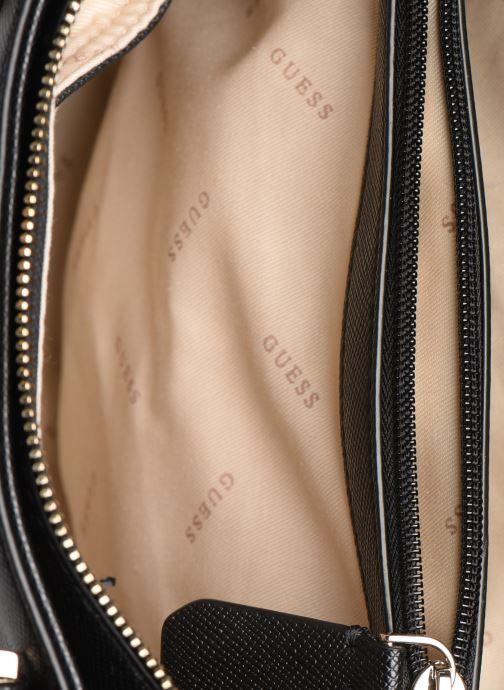 Handtassen Guess CARYS SATCHEL Zwart achterkant