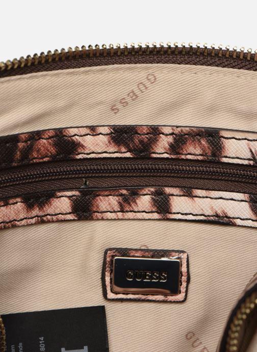 Handtassen Guess ROBYN CROSSBODY CAMERA BAG Bruin achterkant