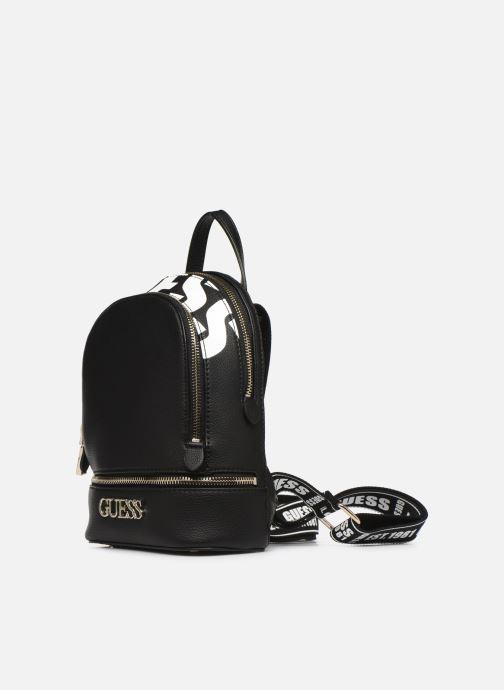 Sacs à dos Guess SKYE SMALL BACKPACK Noir vue portées chaussures