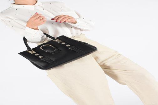 Handtassen Guess ZAYA GIRLFRIEN SATCHEL Zwart onder