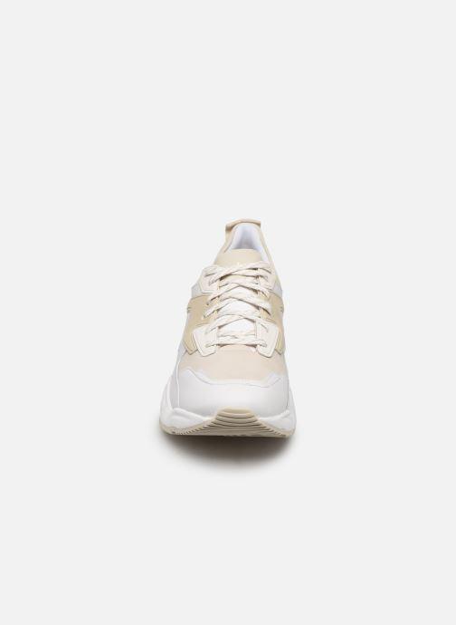 Baskets Timberland Delphiville Leather Sneaker Blanc vue portées chaussures