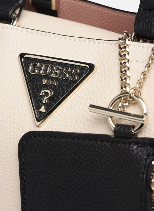 Bolsos de mano Guess ARETHA GIRLFRIEND SATCHEL Blanco vista lateral izquierda