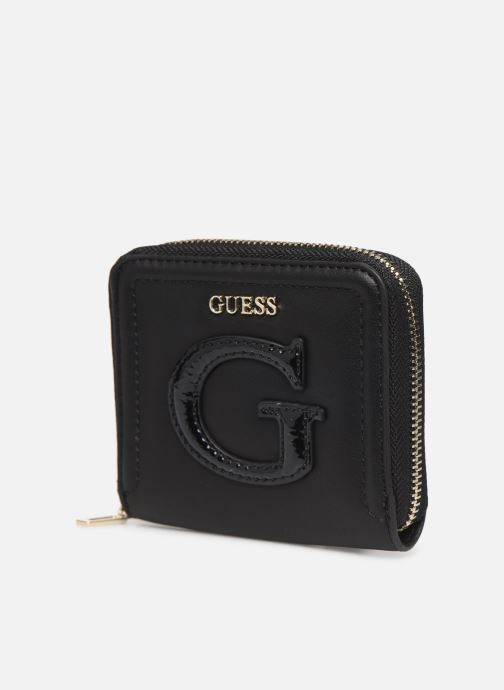 Petite Maroquinerie Guess CHRISSY SMALL ZIP AROUND Noir vue portées chaussures